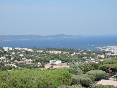Photo for Villa beautiful view of the bay of Cavalaire in a garden