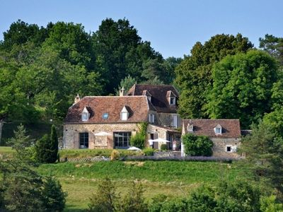 Photo for In the heart of Black Périgord, 18th century farmhouse in complete independence