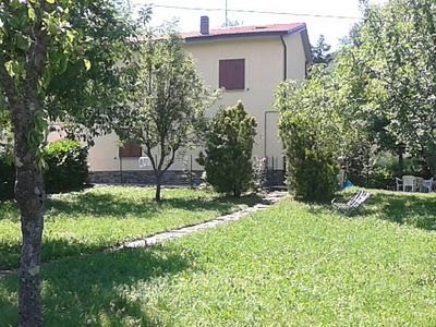 Photo for Holiday house with panoramic garden near the lake Suviana