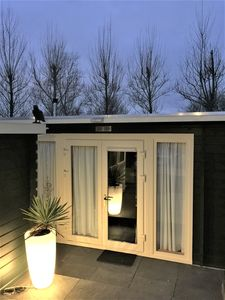 Photo for Close to AMSTERDAM Gardenhouse with private pool, sauna