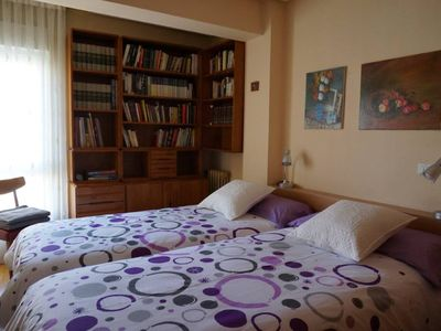 Photo for Apartment in the heart of Leon, comfortable, spacious and fully equipped.
