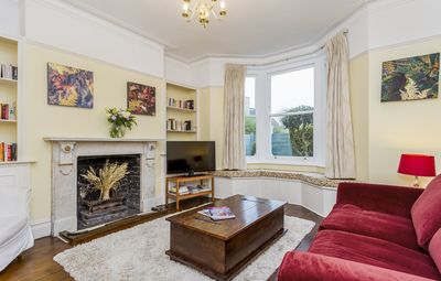 Photo for Beautiful Apartment in the Heart of Historic Kew Gardens!