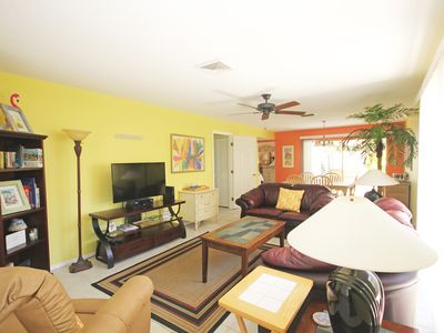 Photo for Beach Goers Paradise! Siesta Key 2/2 Condo