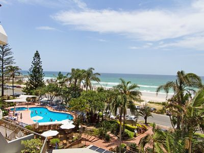 Photo for Rocks Resort 4G - Currumbin Beachfront - Min. 3 night stays!