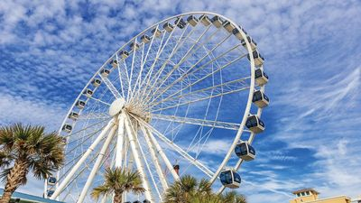 Photo for Enjoy the sun and surf at Myrtle Beach!
