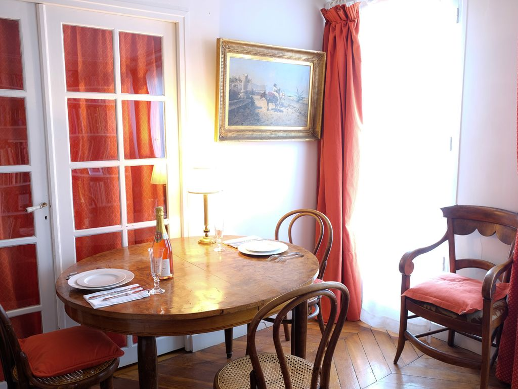 Charming apartment Opera-Gal. Lafayette, ch... - HomeAway