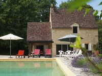 Beautiful house, large secluded garden and perfect location for visiting Dordogne highlights