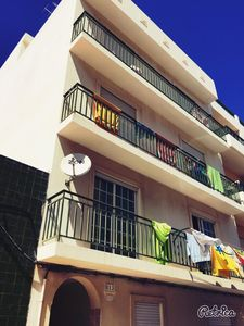 Photo for Charming 3 bedroom apartment 5 minutes walk from the beach