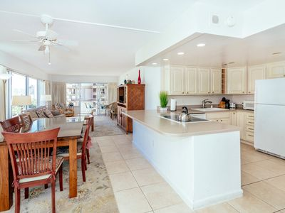 Photo for City View Condo with Full Kitchen and Tons of Amenities in the Ilikai Hotel
