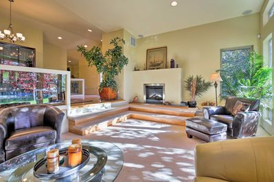 This 3-bed, 3-bath vacation rental home in Portland is perfect for 6 guests!