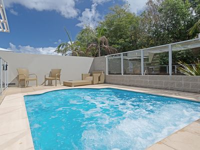 Photo for 516 'Oaks Pacific Blue', 265 Sandy Point Road- private pool, aircon, WIFI
