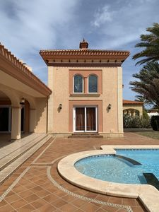 Photo for Villa with swimming pool 20 meters from the sea