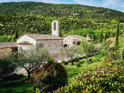 Photo for Chiesa Del Carmine - Luxury Umbrian Villa In Stunning Countryside, Sleeping 14