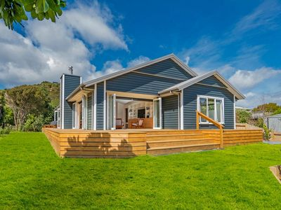 Photo for Hot Water Bach - Hot Water Beach Holiday Home