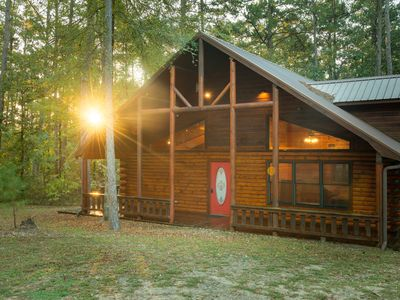 Photo for Serenity: Sleeps 6, Hot Tub, Pet Friendly, Fireplace