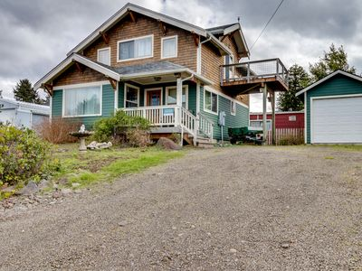 Photo for Lovely home w/ ocean views, private hot tub & entertainment - dogs welcome!