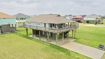 Photo for SEA MONKEY - Great house with cargo lift, WIFI, incredible Gulf Views