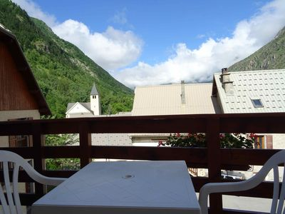 Photo for Studio 2 people 33 m2, large south balcony, magnificent mountain view, swimming pool