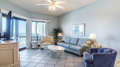 Photo for Huge Balcony at this 1st floor Phoenix VI 2BR Condo! Spring Deals!!