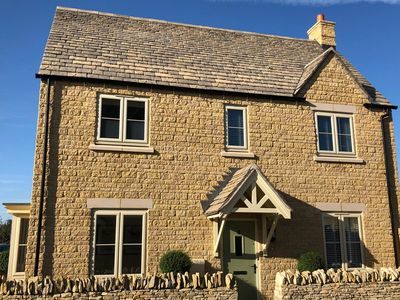 Photo for New detached cottage Bourton on the Water -10 minute walk to centre, sleeps 6