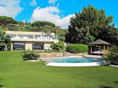 Photo for Vacation home Villa Les Oursins  in Ramatuelle, Côte d'Azur - 8 persons, 5 bedrooms