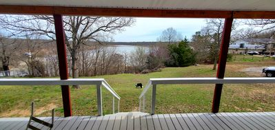 Lakefront cabin w/boat dock, large deck, and picturesque Keystone Lake views