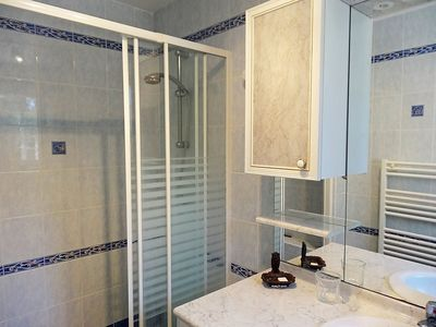 Photo for House 8 m from the center of Gargas with Parking, Washing machine, Air conditioning, Pool (103095)