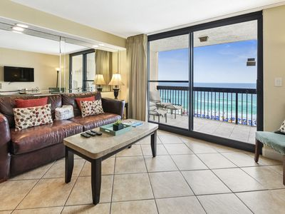 Photo for Spacious Unit, On-site pools with hot tub and splash pad, Beach-front