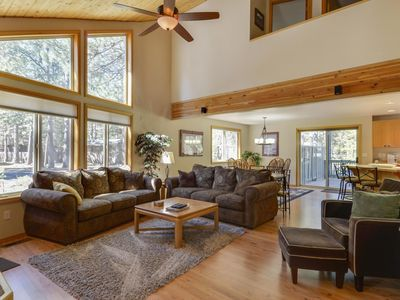 Photo for Remodeled Home near Bike Path w/ WiFi, Fireplace, Hot Tub & Free Sharc Passes