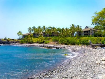 Photo for Beautiful 5 br for 10 oceanfront Kona villa!