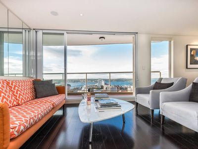 Photo for Stunning Luxury Harbour Views 2Bed Apt walk to CBD