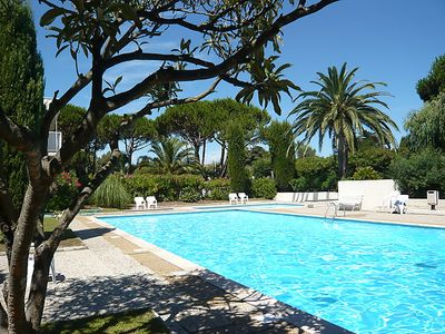 Photo for One bedroom Apartment, sleeps 4 in Saint-Tropez with Pool and WiFi