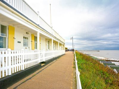 Photo for 5 East Cliff - Two Bedroom House, Sleeps 4