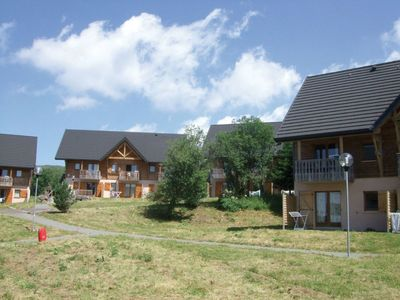 Photo for Apartment in Besse-et-Saint-Anastaise with Parking, Internet, Washing machine, Pool (620484)