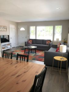 Photo for Dynamite Dogtown House close to the City! Close to Cards Games!