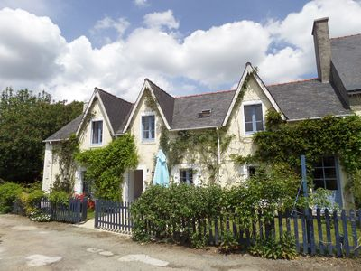 Photo for Cottages in 100 acres, heated pool. Near Pont Aven, Concarneau, beaches 15 mins