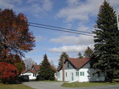 Glenwood is located next to another four bedroom house called Shorewood.