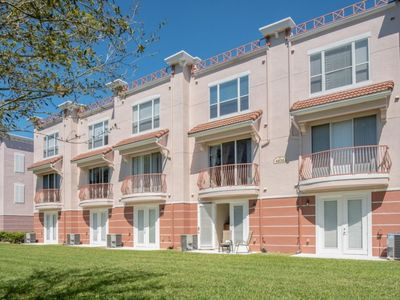 Photo for Vista Cay Three Suites Townhome+Gym+Pool! - 40