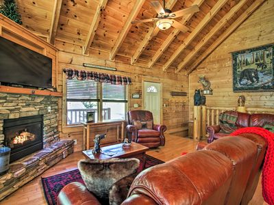 Photo for NEW-Family Cabin w/Hot Tub & Deck 4mi to Dollywood