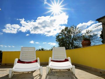 Search 5,877 holiday lettings