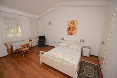 Living area / Sleeping area / Dining area - studio apartment No. 1 for 2 people
