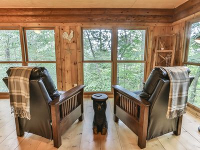 Photo for Cabin at Doe Hill offers tranquility and relaxation for the whole family to enjoy! Not Pet Friendly
