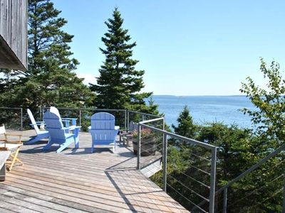 Sunshine House Deck and Ocean View