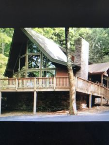 Photo for Spectacular Ski Chalet, 3 BR, 2.5 Bath, Great Location.