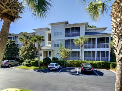 Photo for Fully Furnished 3 bedroom condo close to the beach and pier