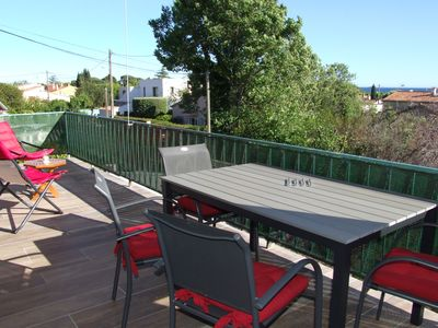 Photo for T2 - Sea view - Beautiful terrace - 2 steps from beaches & shops