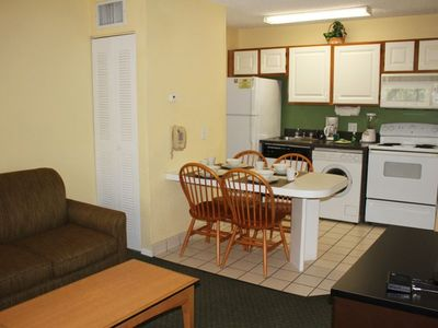 Photo for Summer Special! Fantastic 1BR Suite, 3 Pools, Shuttle to Parks, Free Parking