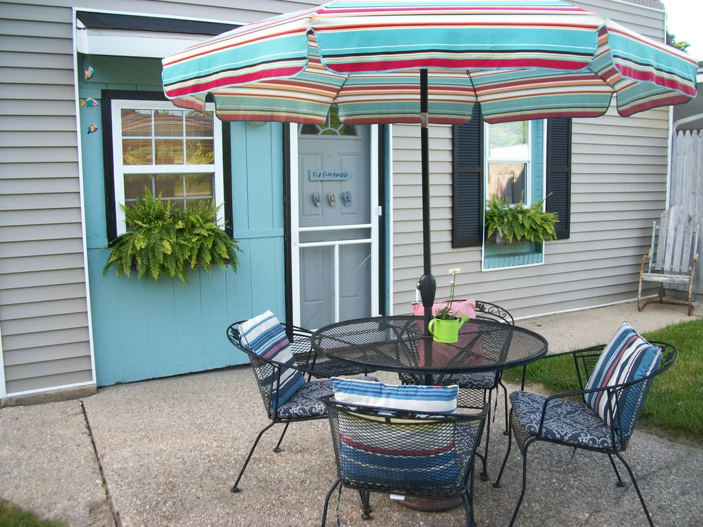 the sand dollar flat at beach glass bungalows homeaway coloma
