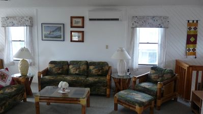 Photo for Well kept, comfortable, well located beach house sleeping 8, takes two dogs.