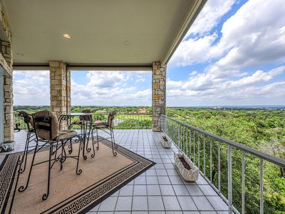 Photo for NEW LISTING! Hill Country dog-friendly home w/pool table & 2 covered terraces